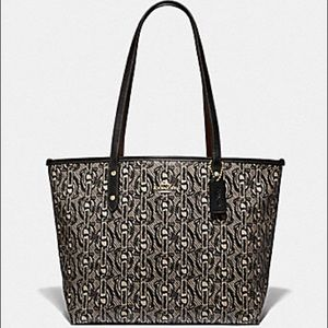 Coach NWT Black Chain Print City Zip Tote Bag